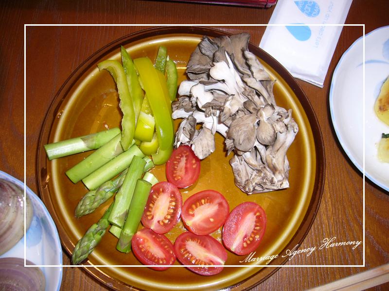 アスパラ、ピーマン、舞茸そしてミニトマト
